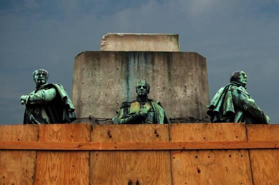 Denkmal auf dem Kölner Heumarkt in der Fassung von 2007, anonym - Foto: Jörg Beste