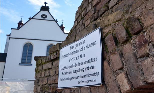 Unter uns - Bodendenkmalpflege. Foto: Jörg Beste